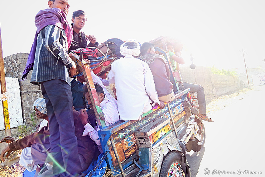 IMG_1906 Morning rickshaw drive - Junagadh Small.jpg