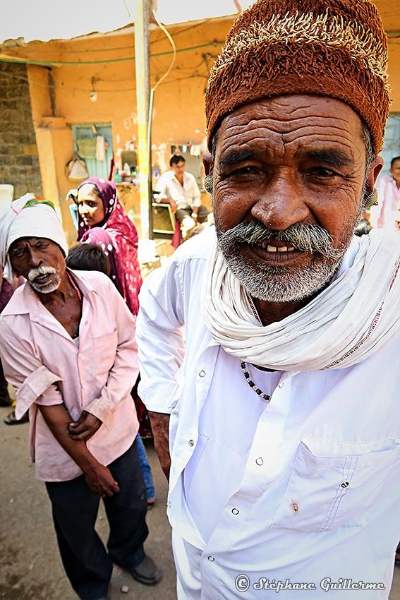 IMG_2103 Portrait homme Rabari Junagadh Small.jpg