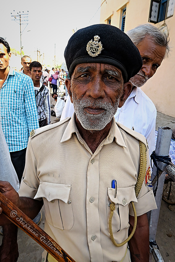 IMG_2210 Body guard Junagadh Shiva ratri Small.jpg