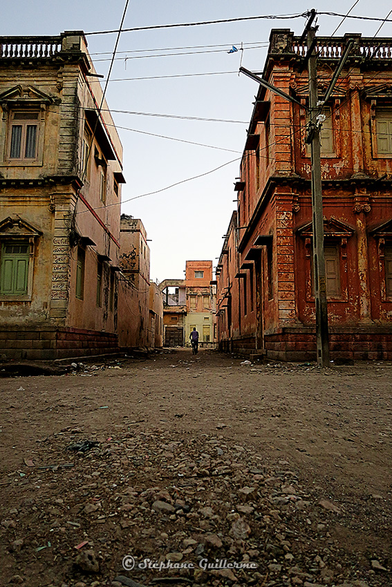 IMG_3571 Vieux bâtiments Porbandar Small.jpg