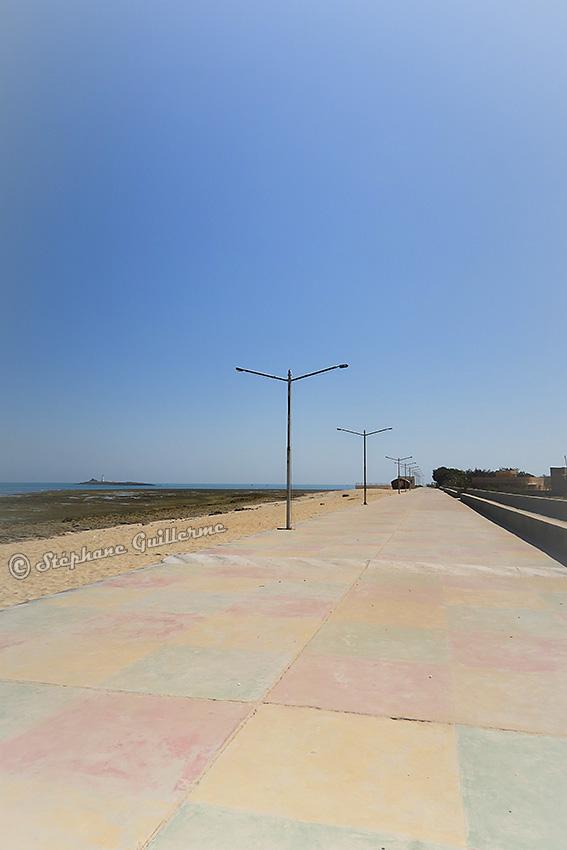 IMG_4190 Promenade bord de mer Okha Small.jpg