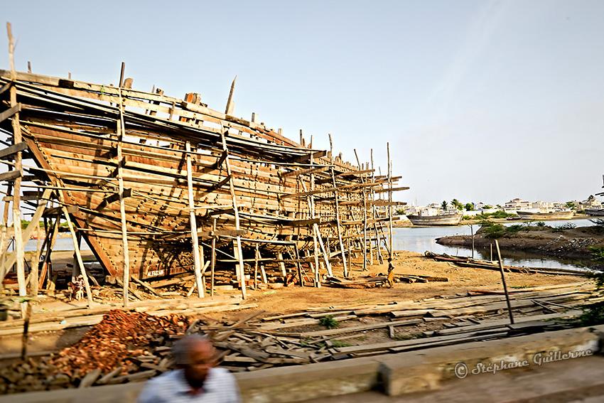 IMG_5388 Carcasse bateau Mandvi Small.jpg