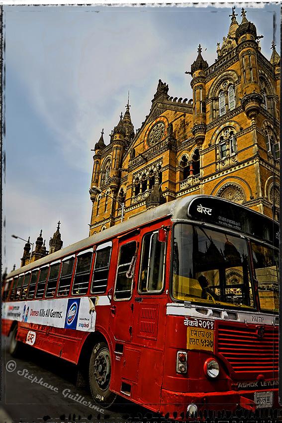 IMG_5451 Mumbai building and bus Small.jpg