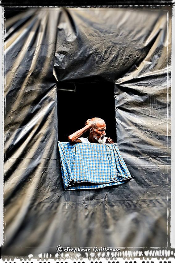 IMG_5428 Mumbai voyeur Small.jpg