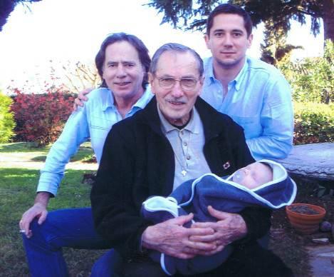 André Gipouloux en famille.jpg