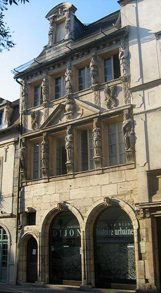 330px-Dijon_Maison_Caritatides.jpg