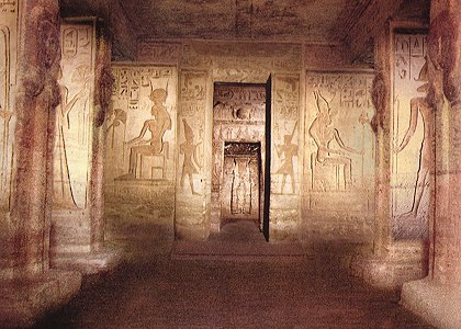 la cour intérieure du petit temple.jpg