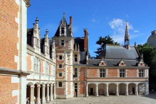 Chateau_Royal_de_Blois_-_D-_Lepissier_12_.jpg
