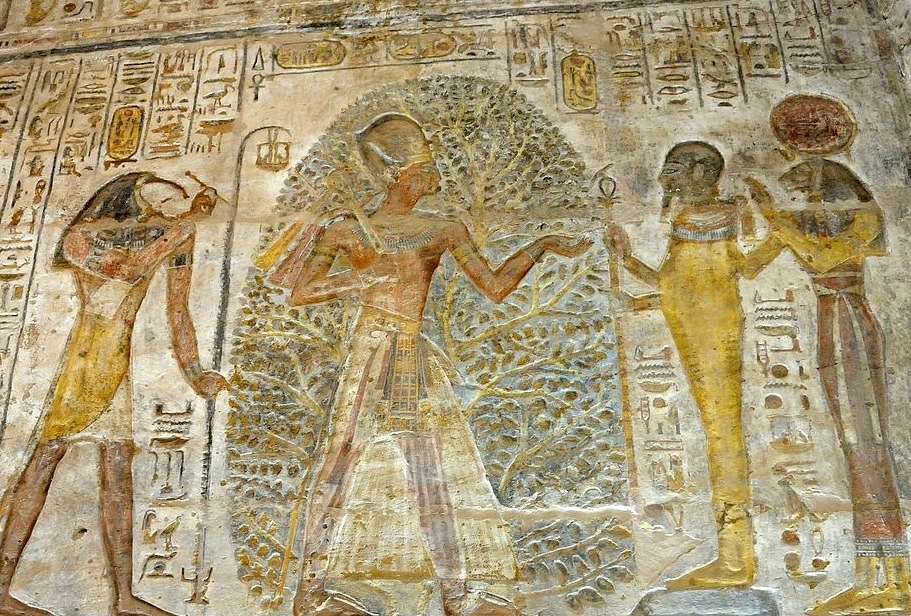 1024px-Temple_of_Derr_relief_of_Ramesses_II.jpg