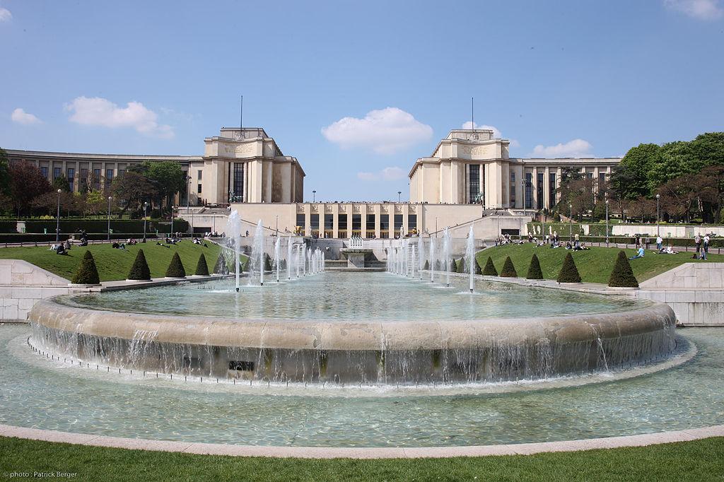 1024px-Le_Palais_de_Chaillot.jpg