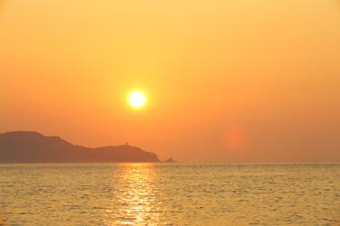 https://static.blog4ever.com/2012/11/720911/Coucher-Soleil-Corse-Bien---tre-Photo-Noel-Fouque.jpg