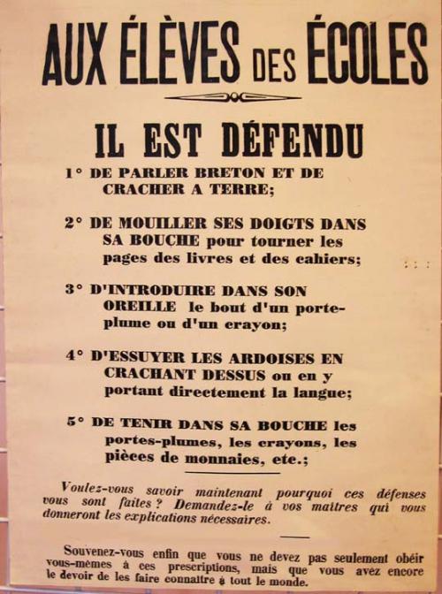 bretons cracher.jpg