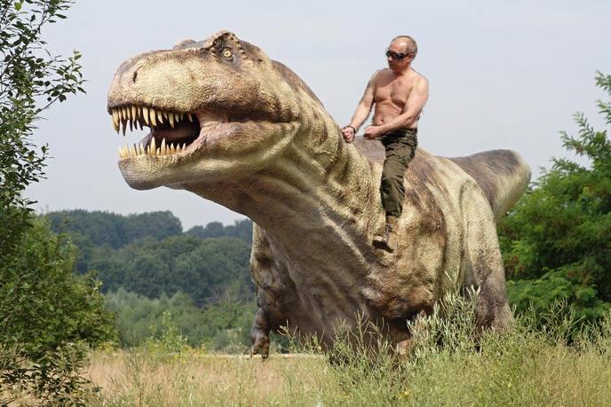 poutine t rex.jpg