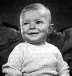 Bowie bébé.jpg