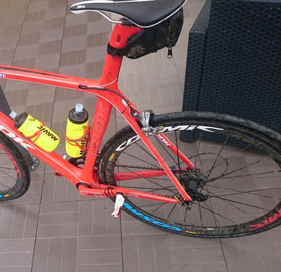 Nettoyage du vélo obligatoire, rendez nous le soleil de Dimanche merde alors !