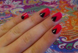 Nail-Art Rose Fluo Et Noir