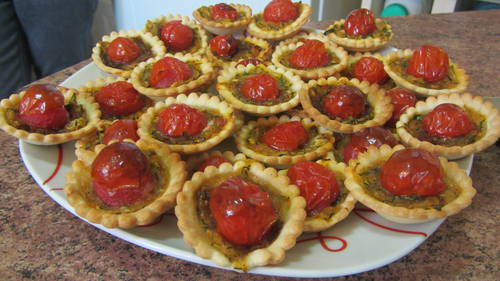 2013-09-14 tartelettes courgette tomates (4).JPG