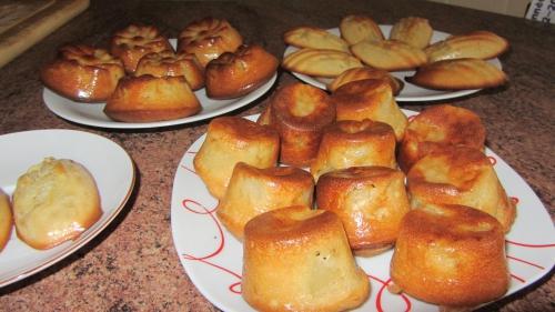 2013-10-27 gâteaux poires-amandes (1).JPG