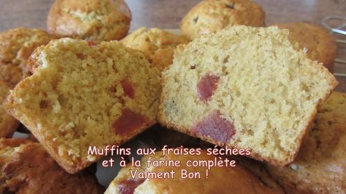 2014-03-12 muffins fraises séchées titre.jpg