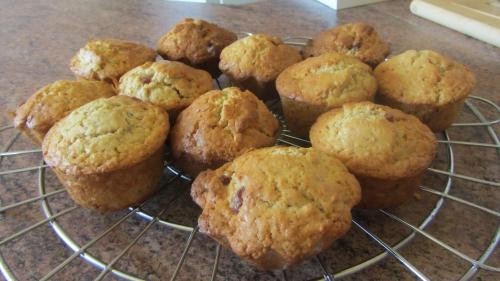 2014-03-12 muffins fraises séchées (21).JPG