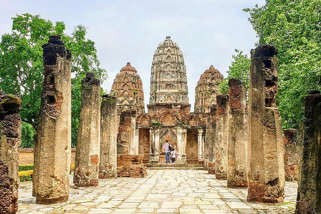 parc historique de Sukhothai.jpg