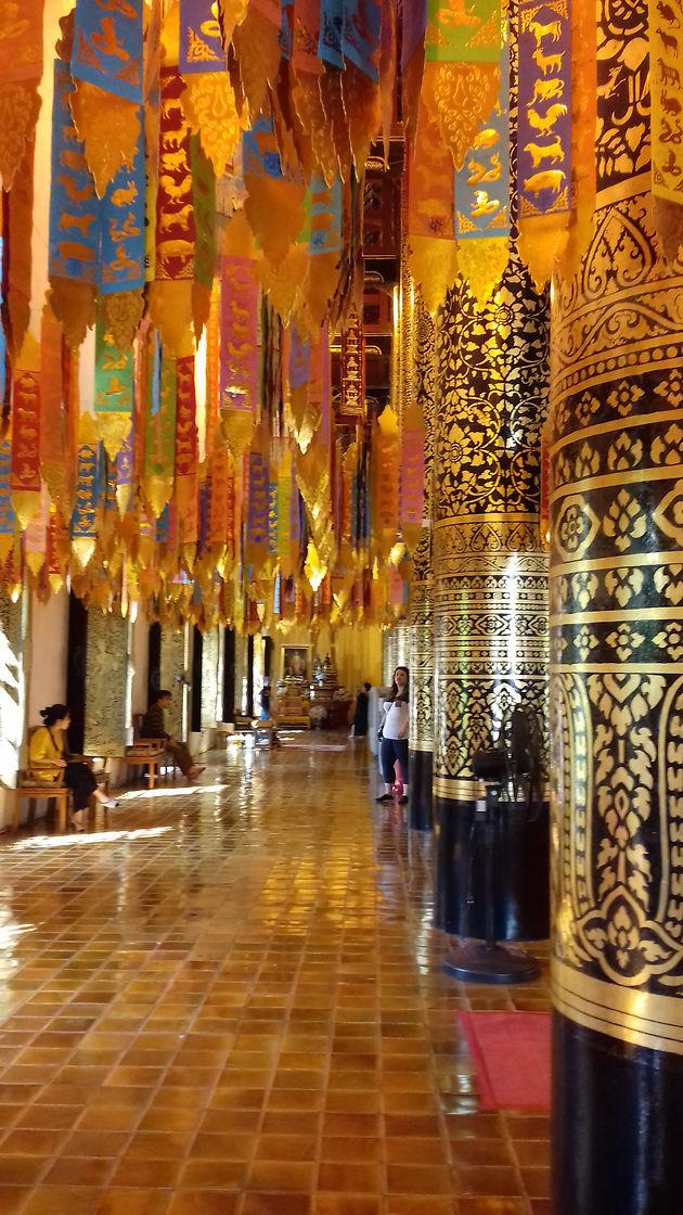 Temple Chiang Mai.jpg