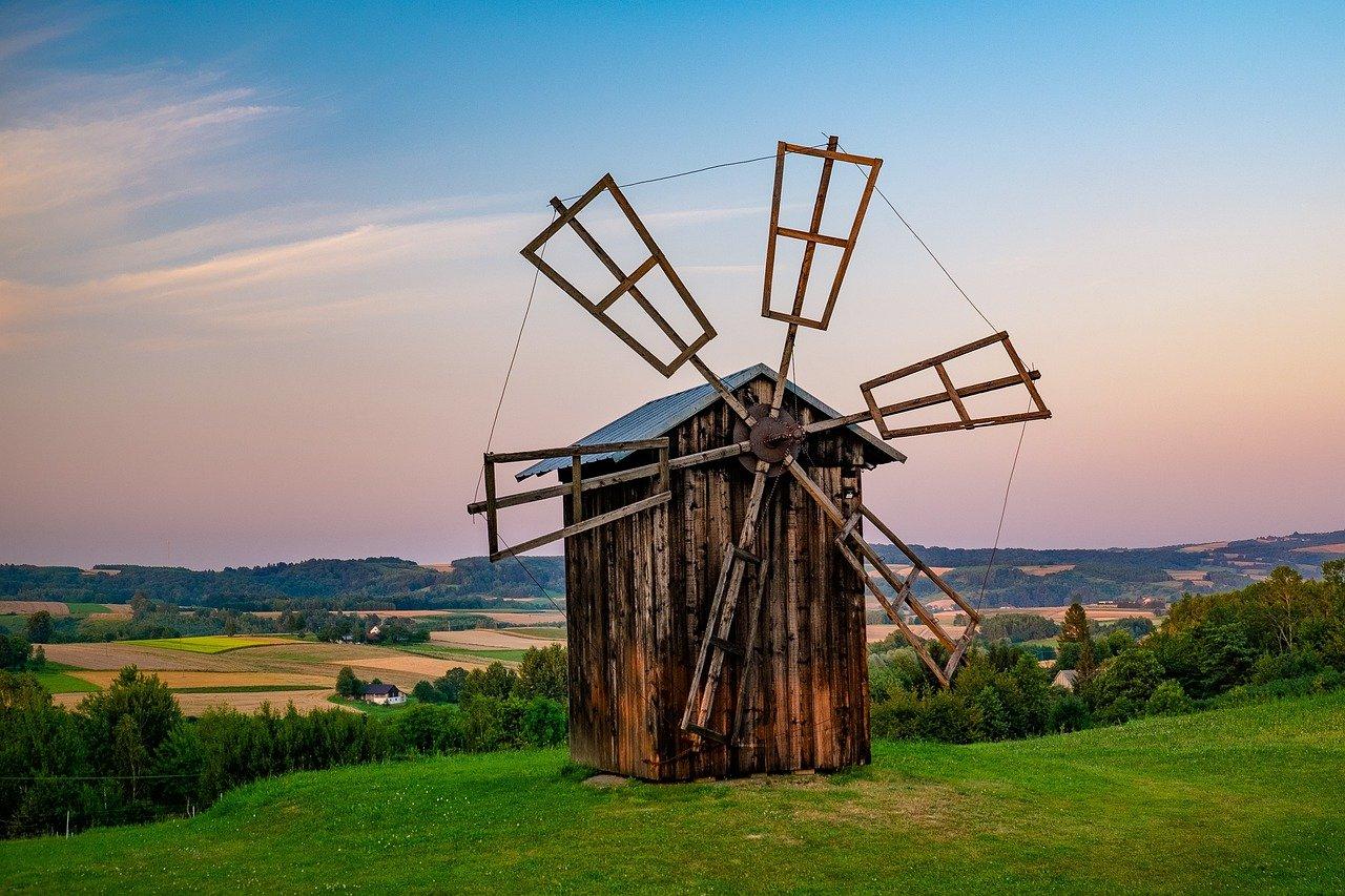 windmill-5713337_1280.jpg