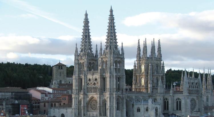 Cathédrale Sainte-Marie de Burgos - un véritable musée gothique.png