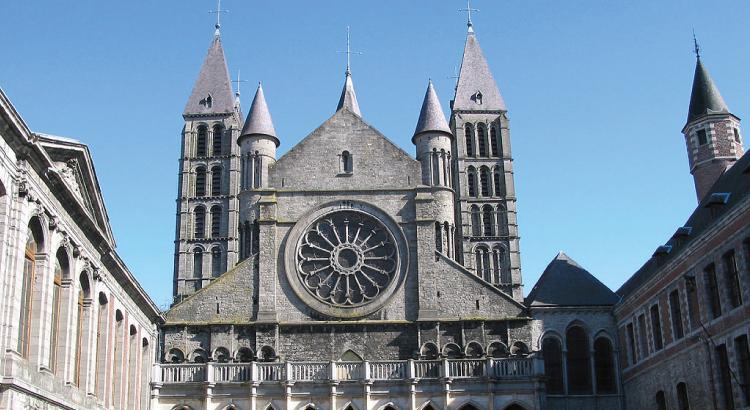 Notre-Dame de de Tournai - l'unique cathédrale en Belgique.png