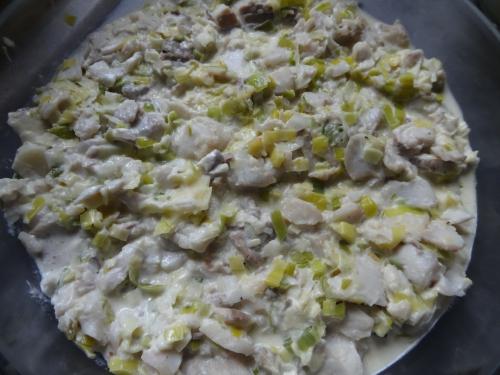 Hachis parmentier de poisson sur fondue de poireaux (2).JPG