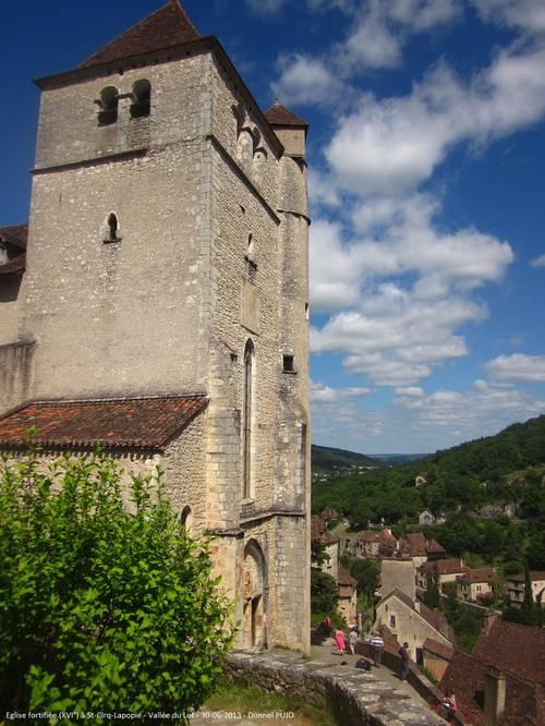 Eglise fortifiée XV°  à St-Cirq-Lapopie (Lot) - 30-06-2013.JPG