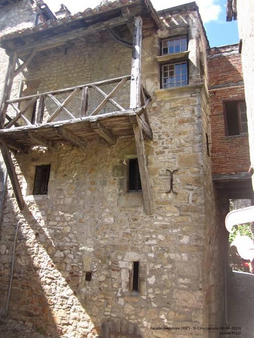Façade médiévale - St-Cirq-Lapopie - 30 juin 2013.JPG