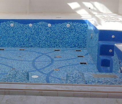 Design pour pose de mosa que en piscine mon plan de for Piscine design mosaique