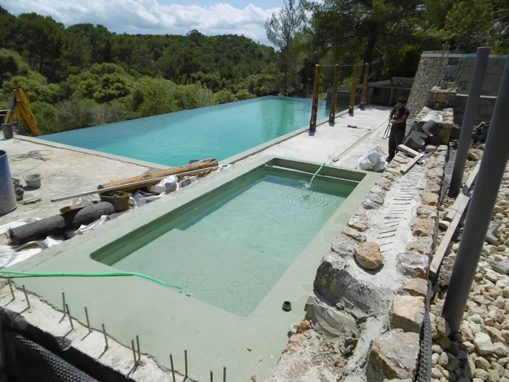 Ils ont construit leur piscine avec nous mon plan de for Piscine personnalisee