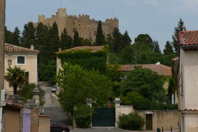 Montfaucon_(Gard)_2.JPG
