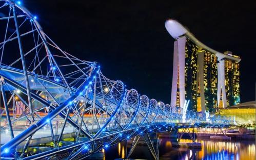 Chine - Singapour la nuit de la ville hôtel pont.jpg