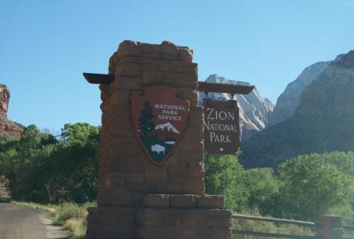 05 - Zion Canyon (7).jpg