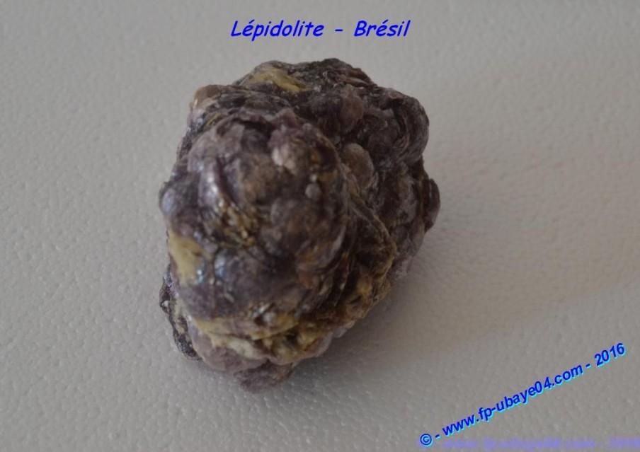 2015-08-25 - Lépidolite - Brésil (2).JPG