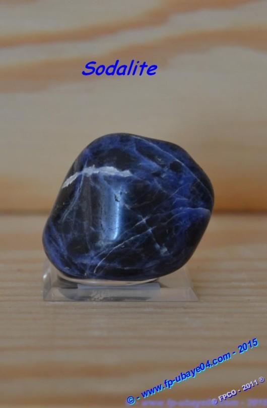 Sodalite (2).jpg