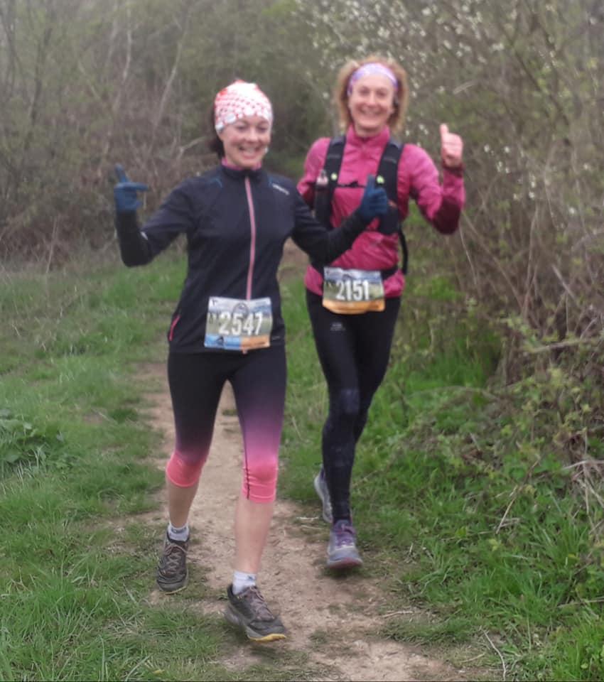 Jeanne et Barbara 21 km.jpg