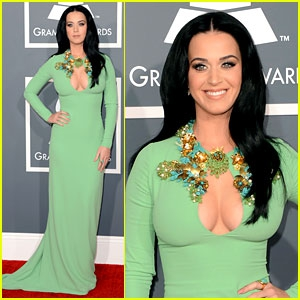 katy-perry-grammys-2013-red-carpet.jpg
