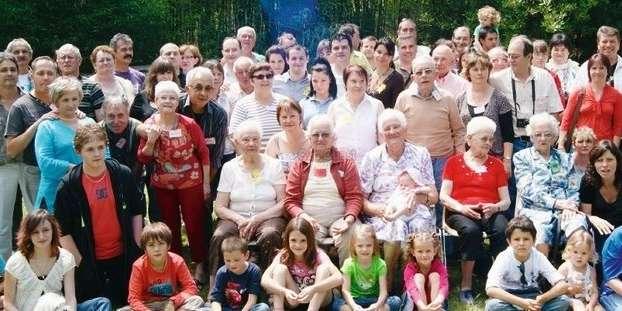 une-famille-heureuse