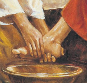washing-of-the-feet_1395636541-1ix28fx-e1512565735945