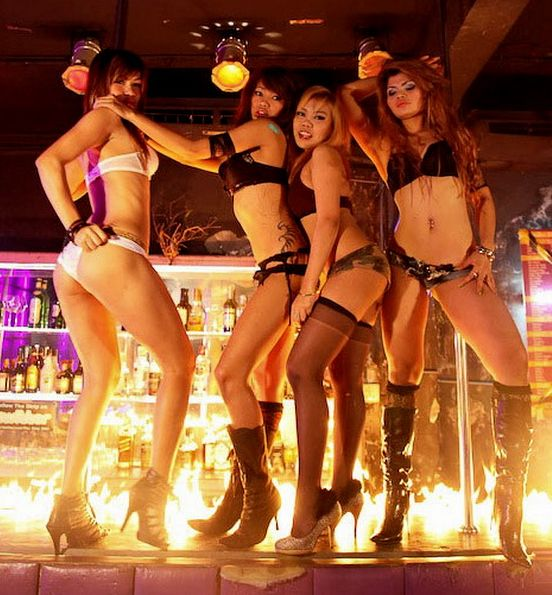 Go-Go-party-in-Patong-11.jpg