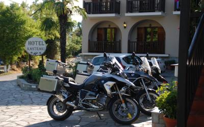 Trois motos en ANATOLIE