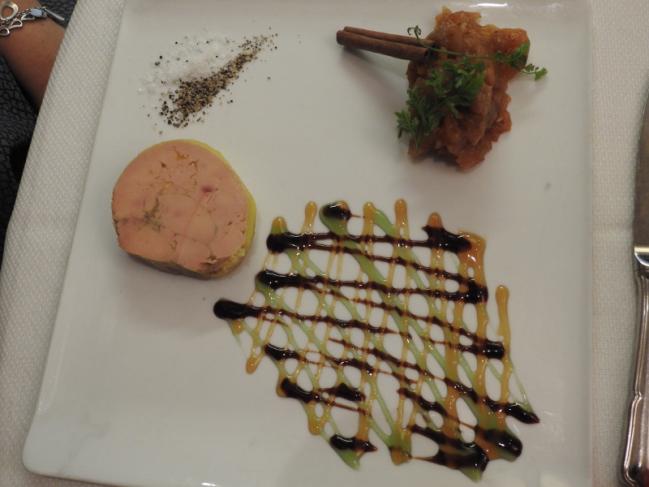 Le foie gras de canard maison, chutney aux 14 saveurs