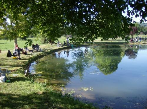 Le plan d'eau des Quatre Routes un bien précieux pour l'AAPPMA.jpg