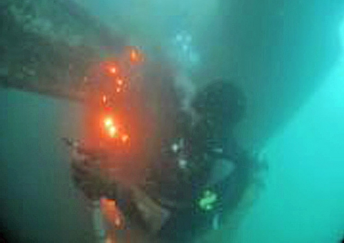 5. du feu sous la mer.jpg