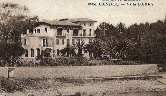 villa barry.jpg