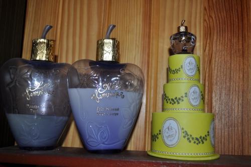 Parfum00365.JPG